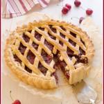 Torta con ciliegie al balsamico e pepe nero